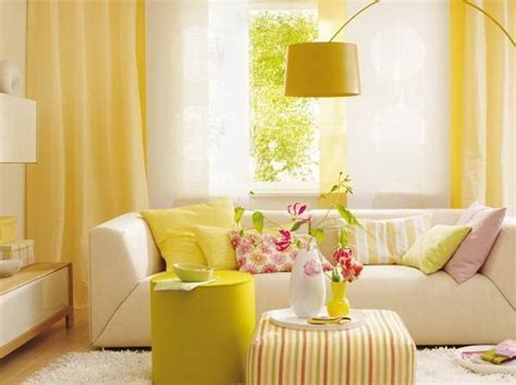 Living Room With Yellow Curtains Living Room Curtain Ideas How To Use Living Room Curtain