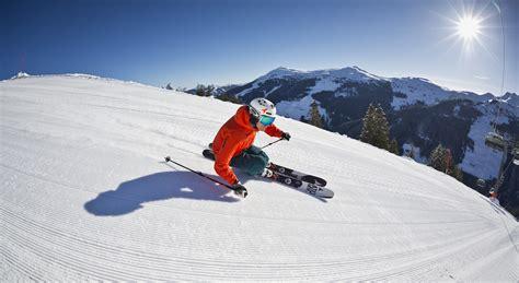 winterurlaub in den bergen hütte winterurlaub in saalbach hinterglemm skiurlaub und