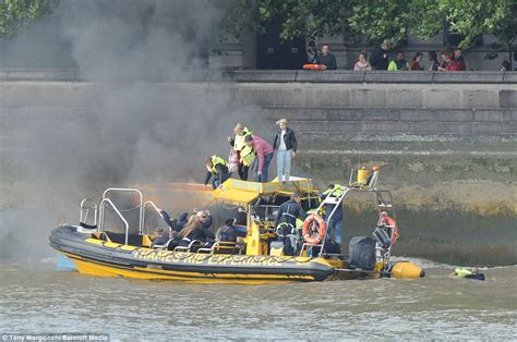 thames river cruise sinking thames duck boat fire terrified passengers jump overboard