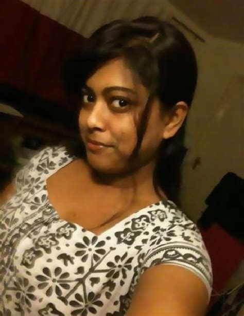 bangladeshi sweet shabnur song largest entertainement news and photo site in the world