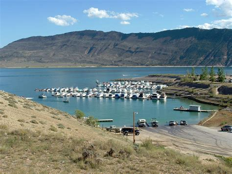 fishing boat rentals flaming gorge boating information for flaming gorge nra wyoming