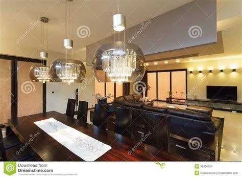 esszimmer beleuchtung eetkamerverlichting stock afbeeldingen afbeelding 38450154