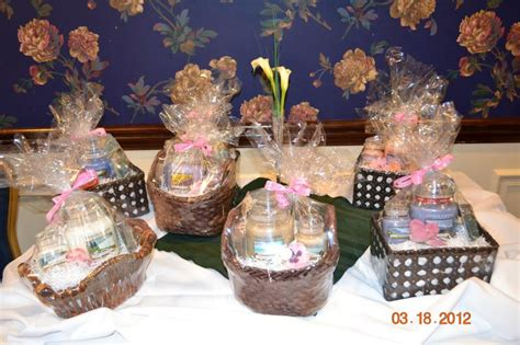 17 Best Images About Door Prize Ideas On Pinterest Green Baby Shower Door Prize