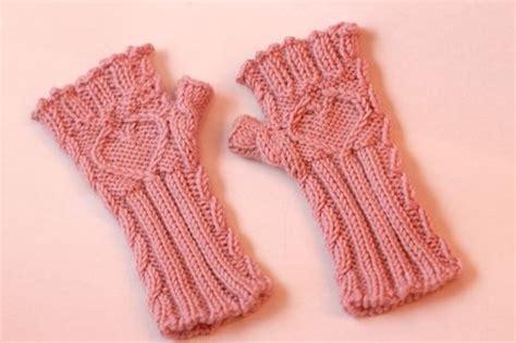 knitting pattern for childrens gloves mens fingerless gloves knit pattern images