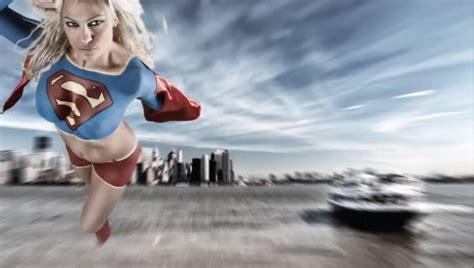 immagini pam autsider nuda beatrice rocco superglirl body painting a seno nudo foto