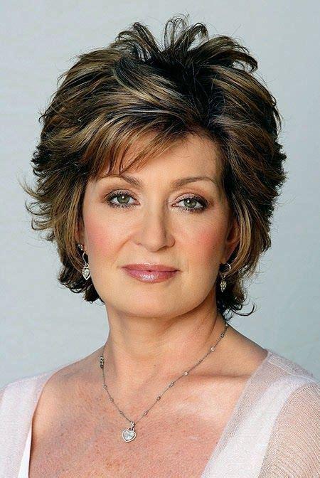 46 Yr Old Celebrity Hairstyles | short beautiful grey hair older img6a2ef47538fa89307