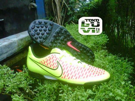 Sepatu Futsal Nike Magista Oren luvi sport