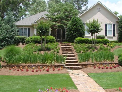 landscape maintenance in senoia peachtree city mcdonough