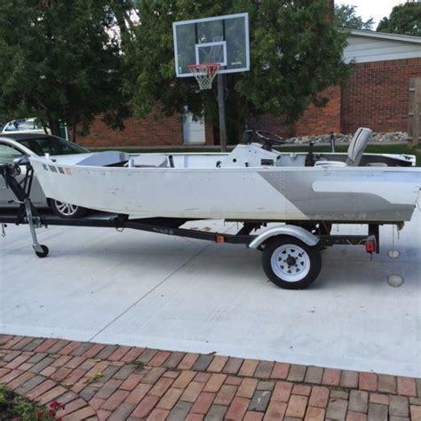 aluminum fishing boat with trailer 1960 aerocraft aluminum fishing boat with highlander