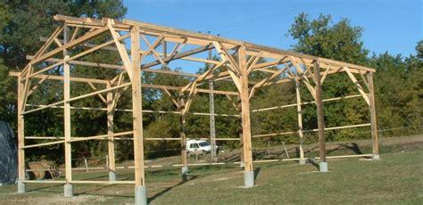 fabricant hangar bois assemblage et r 233 novation charpente bois entreprise cadot
