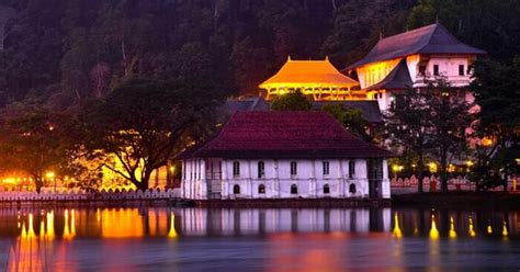 places  visit  kandy sri lankas spiritual capital