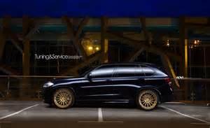 Bmw X5 Wheels Bmw X5 M50d Xdrive Gets Gold Flavored Shoes Adv 1 Wheels