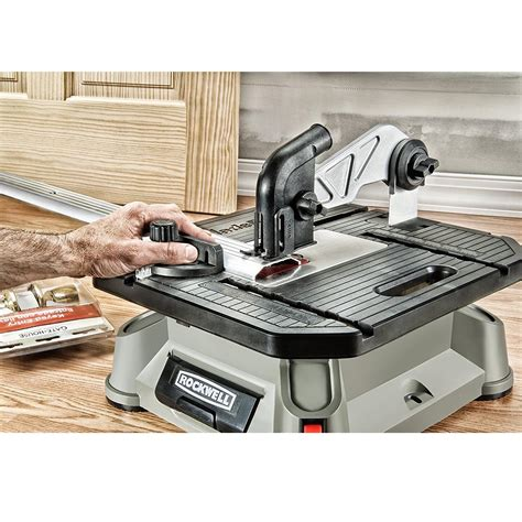 bladerunner x2 portable table saw rockwell bladerunner x2 portable tabletop table saw scroll