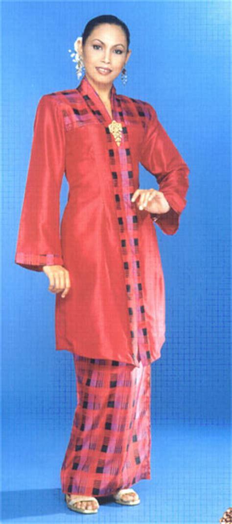 Asal Usul Baju Kebaya Nyonya kebudayaan kesenian dan estetika pakaian tradisional