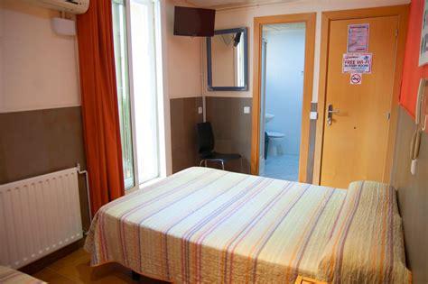 chambre hote barcelone chambres be ramblas hotel 224 barcelone