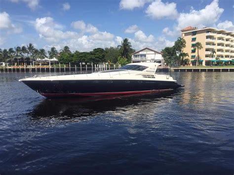 riva yacht kopen riva boten te koop boats