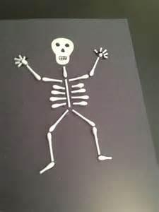 q tip skeleton craft template a artsy a craftsy q tip skeleton