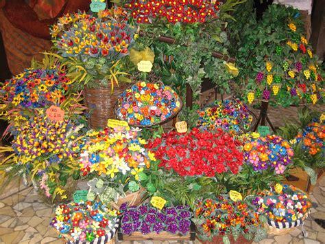fiori di confetto sulmona seguendo la stella evento culturale cralt magazine