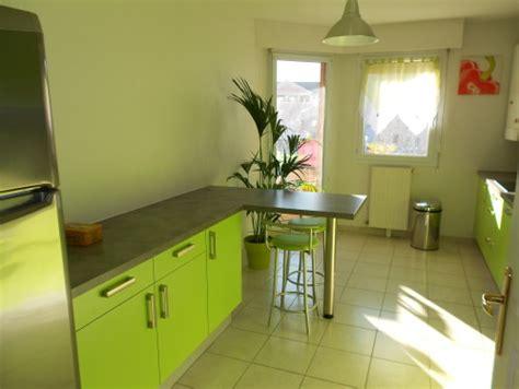 meuble cuisine vert pomme meuble cuisine vert pomme quelle couleur mettre avec une