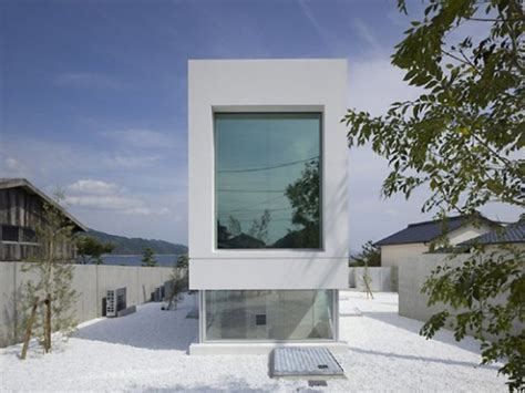 modern white japanese house design iroonie