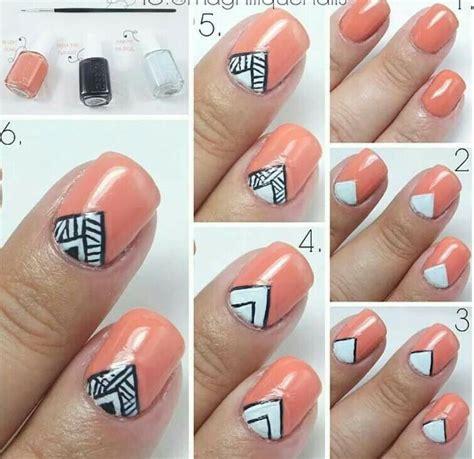 Triangle Nail Tutorial