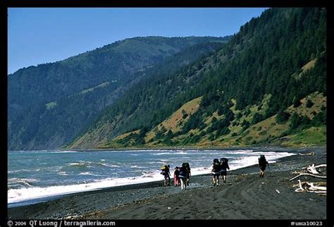 black sand beach california backpackers on black sand beach and king range lost coast