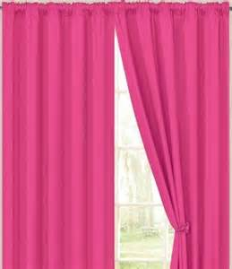 curtains for pink bedroom 1000 images about tween bedroom ideas on