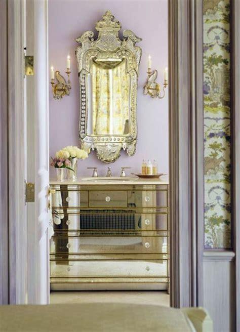 Agréable Armoire Salle De Bain Blanc #4: Grand-miroir-ancien-meuble-de-salle-de-bain-magnifique.jpg