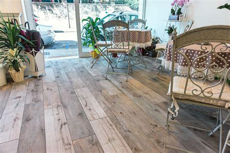 pavimenti gres effetto legno prezzi pavimenti gres effetto legno scontato cose di casa