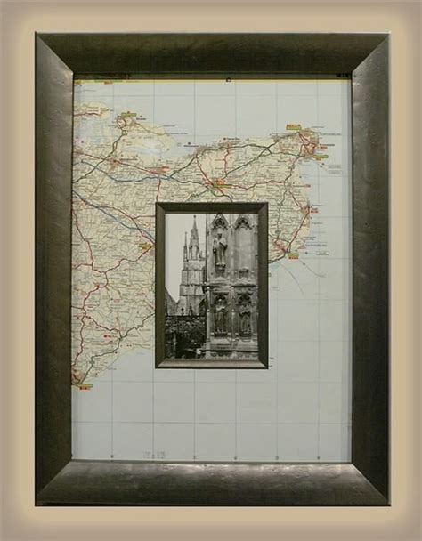 photo framing ideas using a map as a mat is a great way to show where a photo
