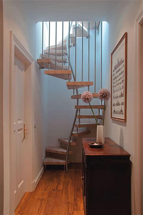treppe für dachboden enger flur gestaltung speyeder net verschiedene ideen