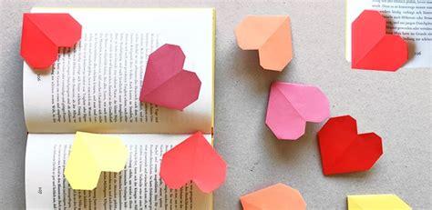 Lesezeichen Basteln Mit Kindern by Lesezeichen Basteln Anleitung F 252 R Ein Origami Herz