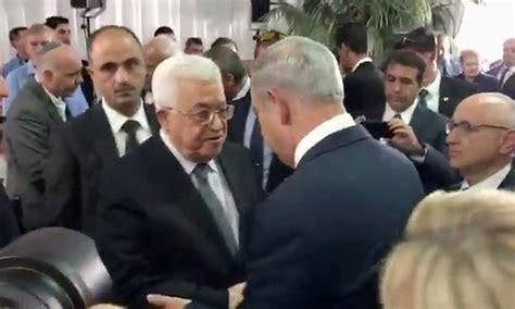 funeral de shimon peres 233 marcado pelo aperto de m 227 os entre netanyahu e abbas jornal o globo