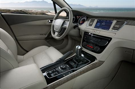 peugeot 508 interior peugeot 508 interior fotos de coches