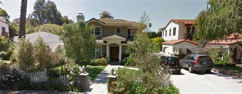 modern family house modern family home to hit market for 2 35 million