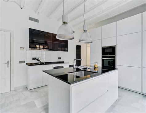 imagenes paredes minimalistas suelos para cocinas blancas cocinas blancas suelos y