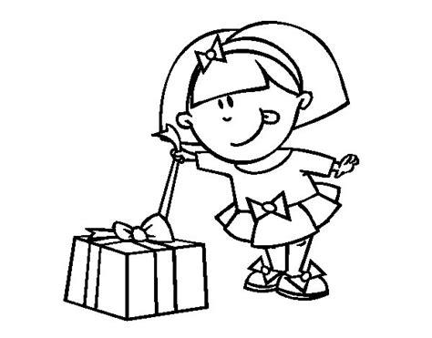 dibujos para colorear regalo del da de la madre dibujo de ni 241 a con regalo para colorear dibujos net