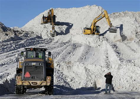 Boston Reports Records More Snow This Week Could Push Boston Past Seasonal Snowfall Record Wbur News