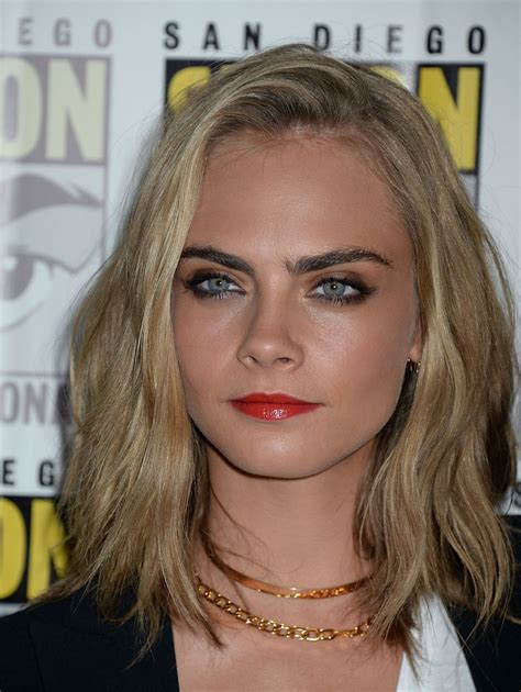 cara a cara con cara delevingne valerian and the city of a thousand planets press line at comic con in san