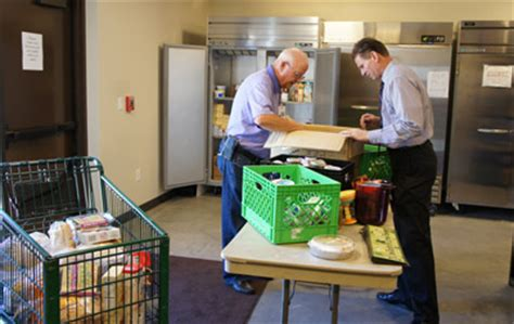 food pantry serves local community central news