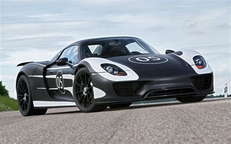 porsche 918 spyder 2013 wallpaper hd car wallpapers