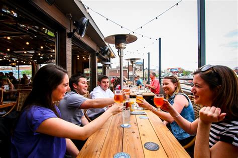 top bars in kansas city 16 best rooftop bars and patios in kansas city sarah scoop