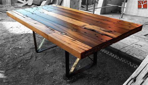 log triangular modular table fractals nativo red wood mesa comedor con cubierta de tablones de