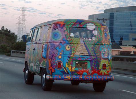 van volkswagen hippie file vw bus t1 in hippie colors jpg wikipedia