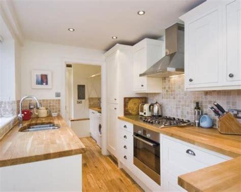 17 best ideas about oak kitchens on pinterest craftsman kitchen white kitchen with oak worktops the 25 best oak