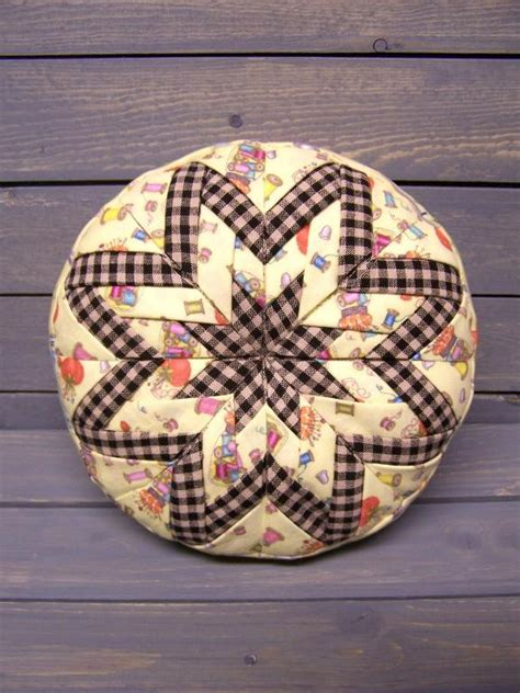 Free Pincushion Patterns Quilting by Folded Pin Cushion Pattern Cftsy By Joycelyn Ford