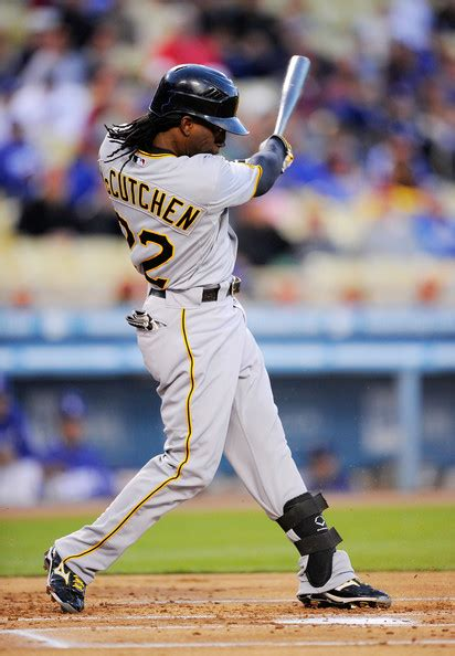 andrew mccutchen swing andrew mccutchen pictures pittsburgh pirates v los