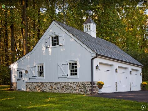 garage barns barn style garages images garage ideas barn carriage house and house