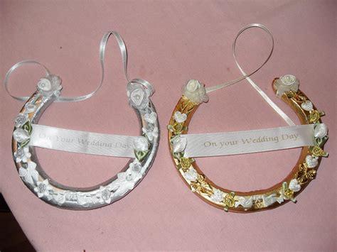 horseshoe favors wedding horseshoe pictures carol s wedding favors horseshoes
