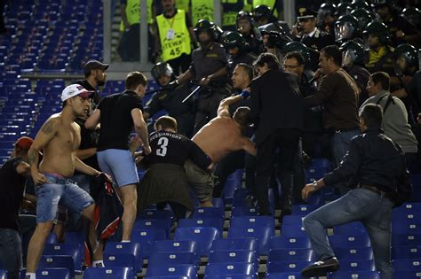 AS Roma - CSKA Moscow 17.09.2014, fight before the match ...